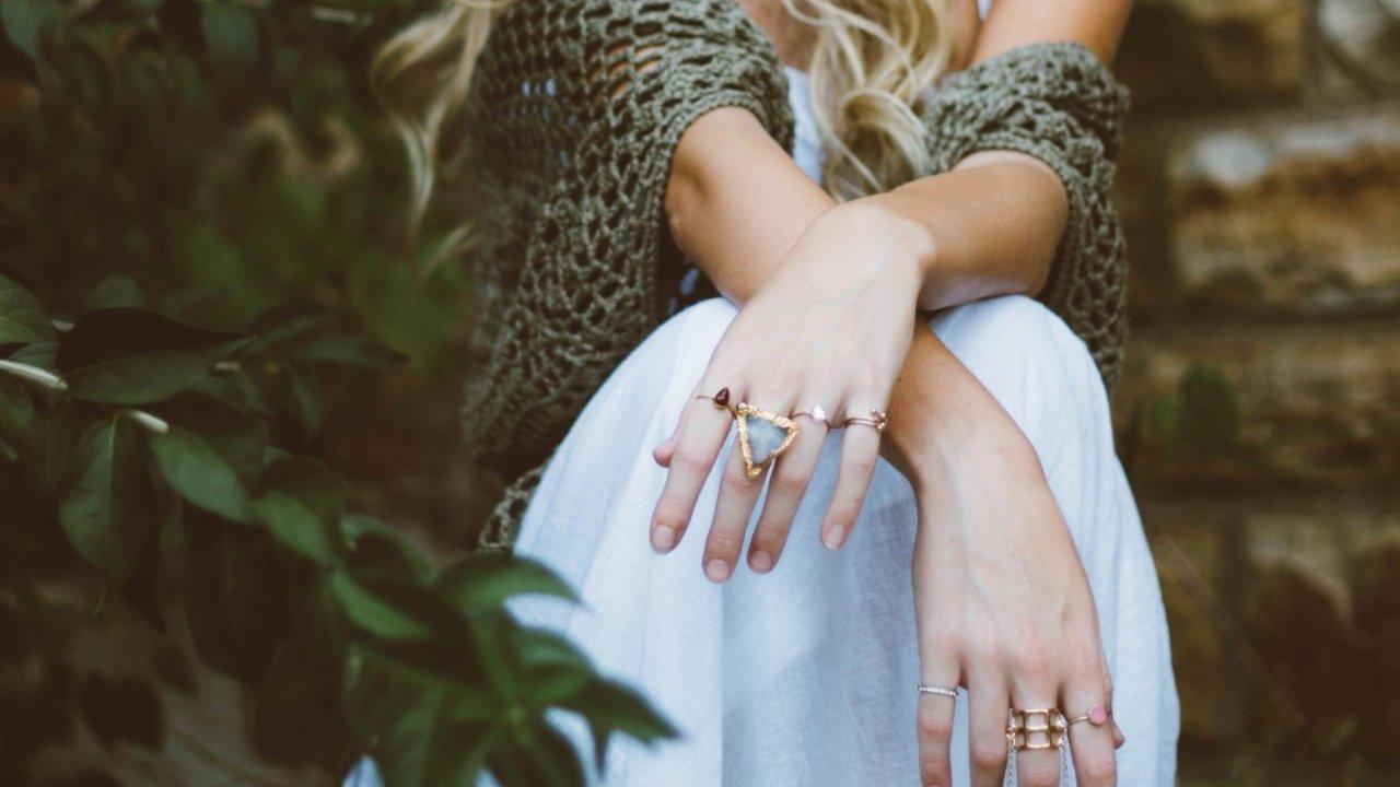 这些好看又小众的珠宝首饰,让你美得与众不同 | 附钻戒选购指南+手把手教你DIY珠宝