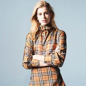 低至5.6折 €263收格纹衬衣Burberry复古英伦风 经典格纹好物私密热卖