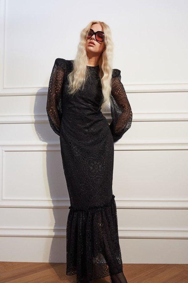 长款蕾丝连衣裙
