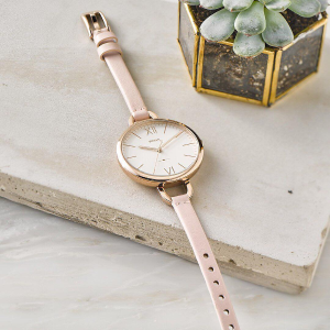 Extra 25% offFossil Q Hybrid Smartwatches @ FOSSIL