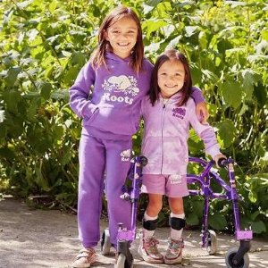7折起+额外8折 百搭长袖$16起Roots 儿童区 收封面紫罗兰色系 家居格纹三件套$32