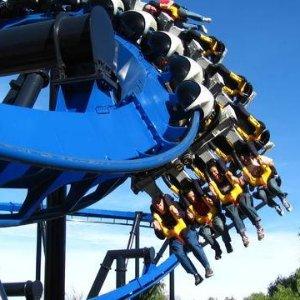 $45.5起 加州最受欢迎家庭游乐场之一洛杉矶六旗魔术山主题游乐园门票 Six Flags Magic Mountain