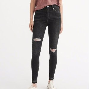 Up to 70% Off Women's Jeans @ Spring