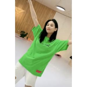 王霏霏同款不同色T恤