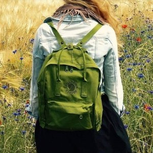$67.46Fjallraven Re-Kanken 16L Backpack @ Backcountry