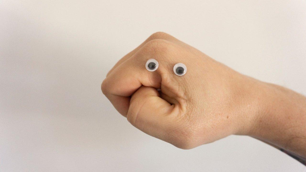 法国人常用手势大全!他们说话时的手势是什么意思?还有实例gif哦