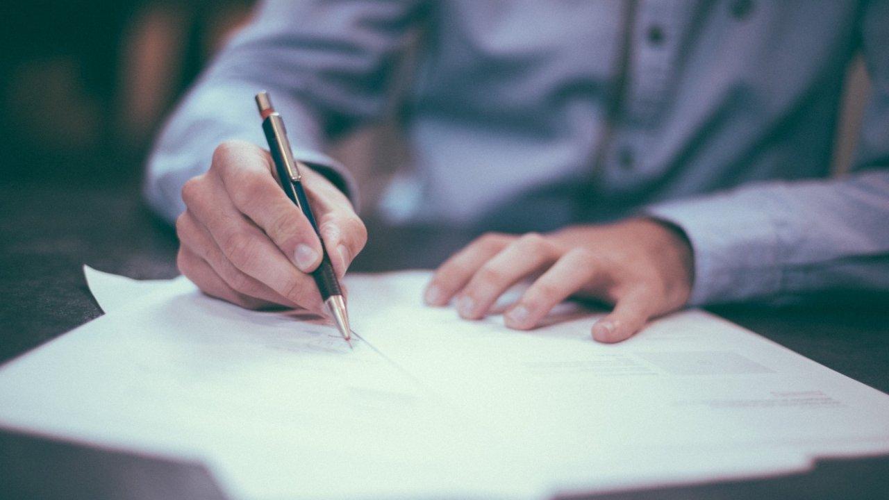 干货 | 手把手教你填写IMM0008加拿大移民申请表格+中英文对照