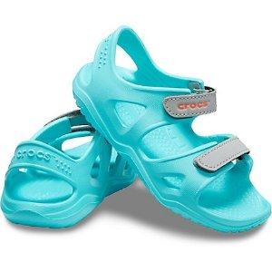Crocs儿童凉鞋