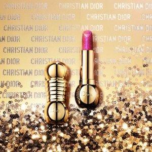 部分领先官网发售!Selfridges 圣诞限量彩妆上线 Dior梦幻派对、超萌红管套装