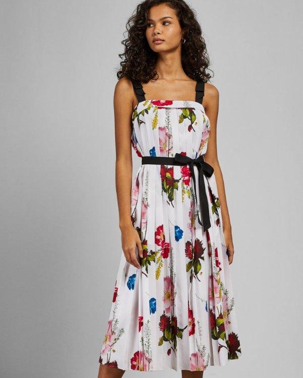 花卉连衣裙