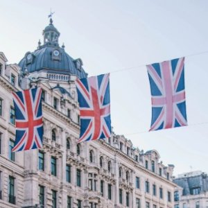From $354New York - London nonstop roundtrip airfare sales @Skyscanner