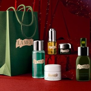 Free Gift (value up to $335)with $300 purchase @ La Mer