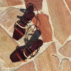 最高额外7.5折 收Savislook同款独家:Manu Atelier 新晋小众网红鞋履热卖,$241收新款Lace低跟凉鞋