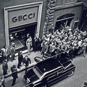 6折起!GG腰带£224 1977£270GUCCI 超强折扣再起 收GG围巾、1977、小白鞋等好物