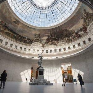 限时免费开放 打卡燃烧的蜡塑看展 | 巴黎商品交易所博物馆 尽享皮诺先生的艺术收藏