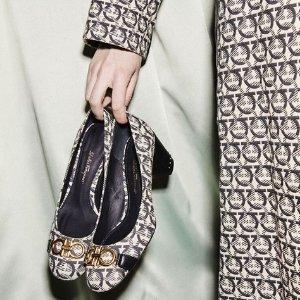 低至5折 £267收Vara蝴蝶结凉鞋Salvatore Ferragamo菲拉格慕 官网美鞋配饰大促