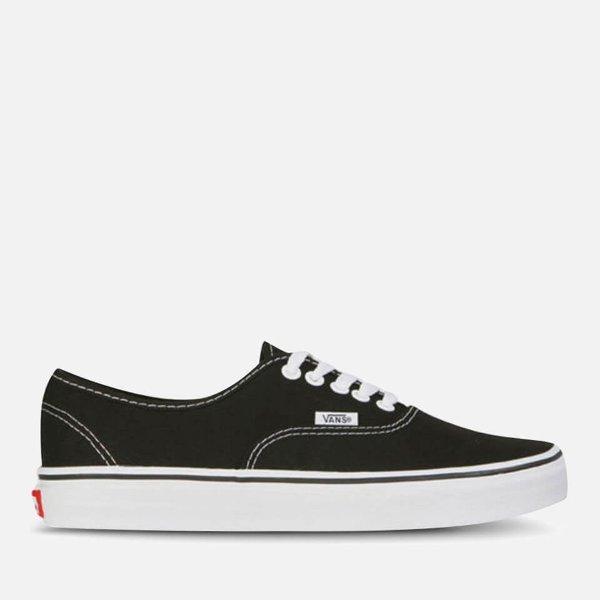 经典色运动鞋