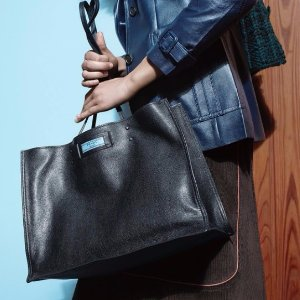 up to 50% OffPrada handbags Sale @ Prada
