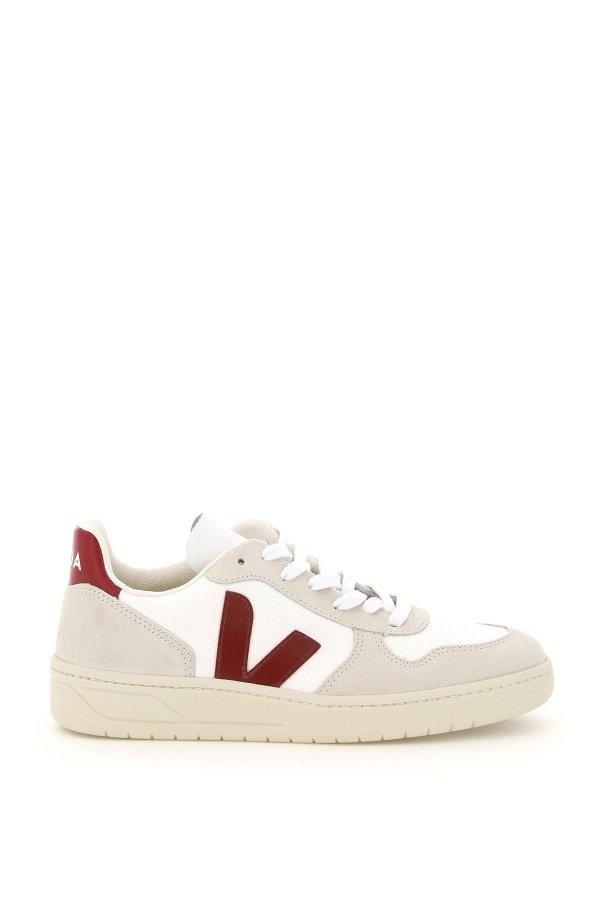v-10 运动鞋
