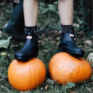 低至5折 爆款雨靴$43起Hunter短款雨靴特卖 雨天提升幸福感好物 小怪兽童靴$57