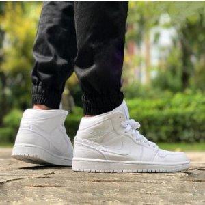 Air Jordan 1 运动鞋