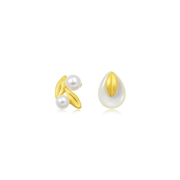 黄金珍珠耳钉