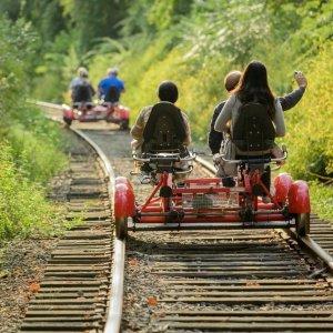 双人票价$85起Rail Explorer 脚踏小火车 踏青赏景 纽约、拉斯维加斯周边游