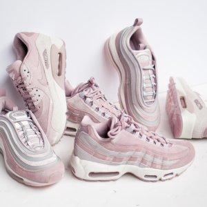 额外8折 + 任意单免邮,收新款啦Nike,adidas,Air Jordan,Timberland等折上折