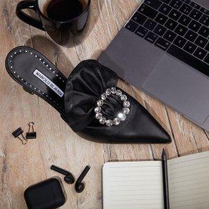 闪促6折!€390收简约方扣款Manolo Blahnik 仙女高跟鞋 钻扣缎面 优雅奢华