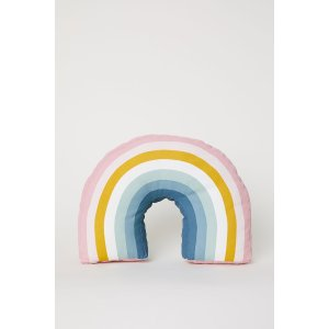 H&MNew Member Get Extra 10% OffRainbow Cushion