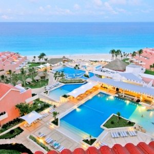 Deluxe Room $167/nightGroupon Omni Cancun Hotel & Villas Mexico Limited Time Offer