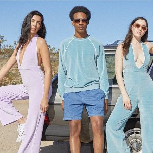 Up To 40% OffBuy More Save More @ American Apparel
