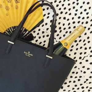 Up To 50% Off + Extra 30% OffTote Handbags Sale @ kate spade