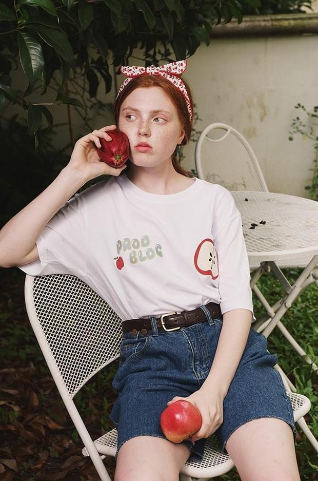 prod-bldg-t-shirt-prod-apple-short-sleeve-t-shirt-6994881019950_620x.jpg