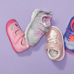 Up to 50% OffHautelook Stride Rite Sale