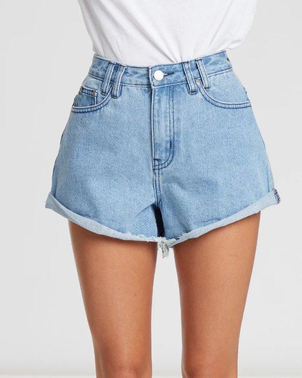 Calli 超显瘦牛仔短裤