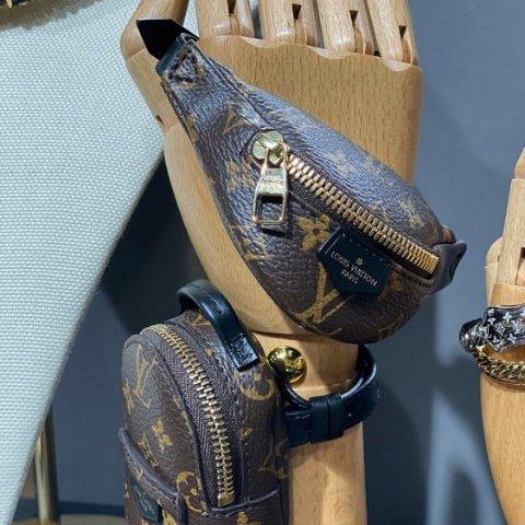 全新风尚 预计售价£580起Louis Vuitton 2020春夏新款 老花Monogrammed小手包初露头角