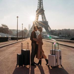 美旅行李箱£70 新秀丽最高直降£231英国行李箱打折&折扣码 | 行李箱尺寸攻略/品牌推荐