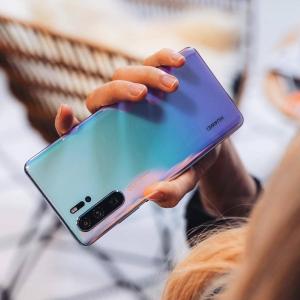 8折 + 回国退税 支持国货Huawei P30 Pro 256GB/8GB 人气极光色有货