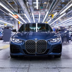 工厂内部照片曝光全新BMW 4系已在德国工厂开产