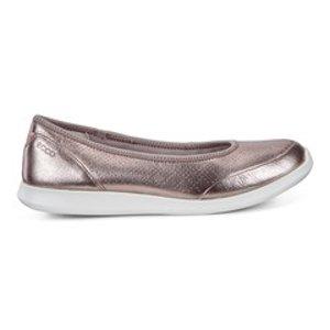 ECCO女士休闲鞋