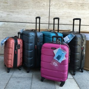 Samsonite Omni PC Hardside Spinner 24 @ eBags