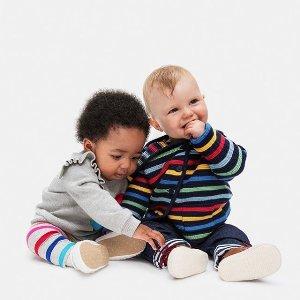 低至2.5折+额外5折Gap 现有官网年末大促 精选儿童服饰特卖 毛毛卫衣$7收