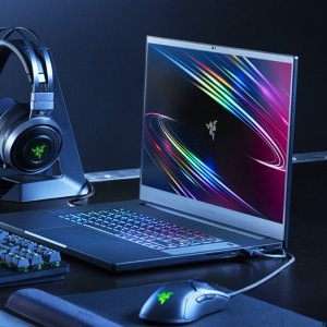 i7+2070+144Hz Only $1899Razer Laptop & Accessories on Sale