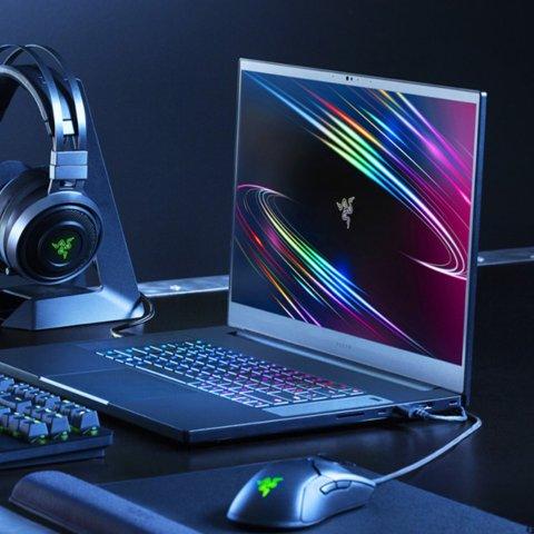 i7+2070+144Hz Only $1899Razer Laptop & Accessories on Sale