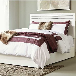 Up to 40% OffToday Only: Pillow Fight Essentials @ Ashley Furniture Homestore