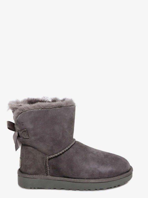 灰色蝴蝶结雪地靴