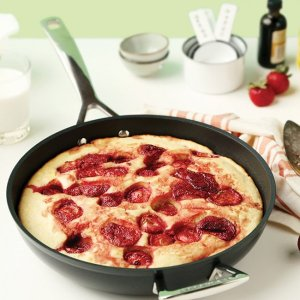 Le CreusetNonstick Fry Pan