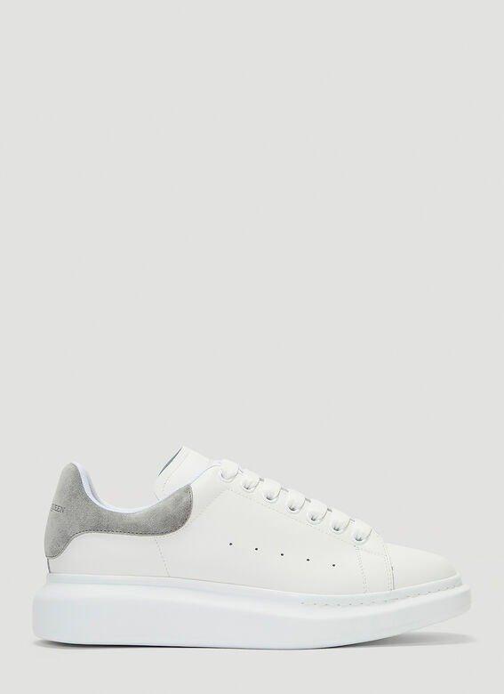 小白鞋 灰尾