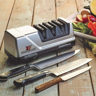 $84.99Edgecraft Chef'sChoice 101500 15 XV Trizor Professional Electric Knife Sharpener, Platinum